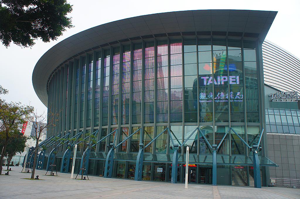 臺北小巨蛋體育館
