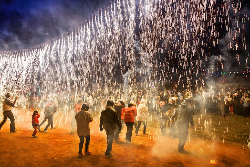 Taiwan Lantern Festival ─ Yanshui Beehive Fireworks Festival